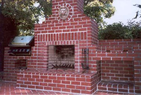 Outdoor Fireplace How to Build an Outdoor Fireplace